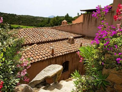 OLD SPANISH ROOF TILES . BAREL ROOF TILES . MISSION ROOF TILES by LUXURYSTYLE.ES