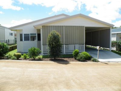 IMMACULATE 2 BEDROOM UNIT - TOOWOOMBA