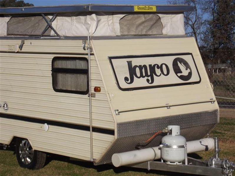 Jayco 11' x 6'6'' pop top, Model Sprite  Front double bed, 3 x way fridge
