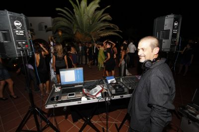 Wedding party - DJ service, live Band Tuscany Umbria Rome