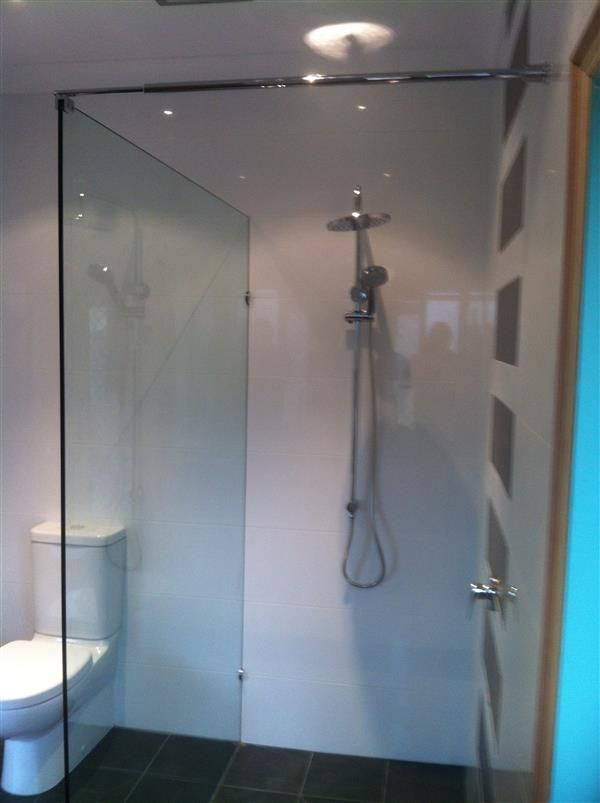 Get affordable shower screen installation services at River City Glass