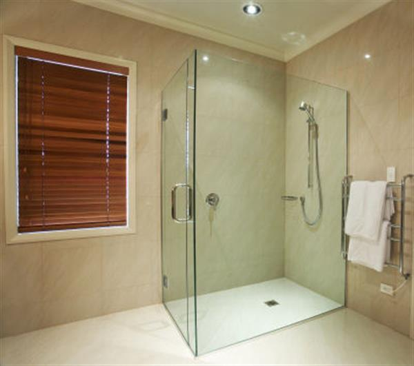 Frameless Shower Screens Installation Services in Brisbane at River City Glass
