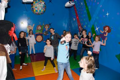 Kids' party incorporated with fun and innovative games!