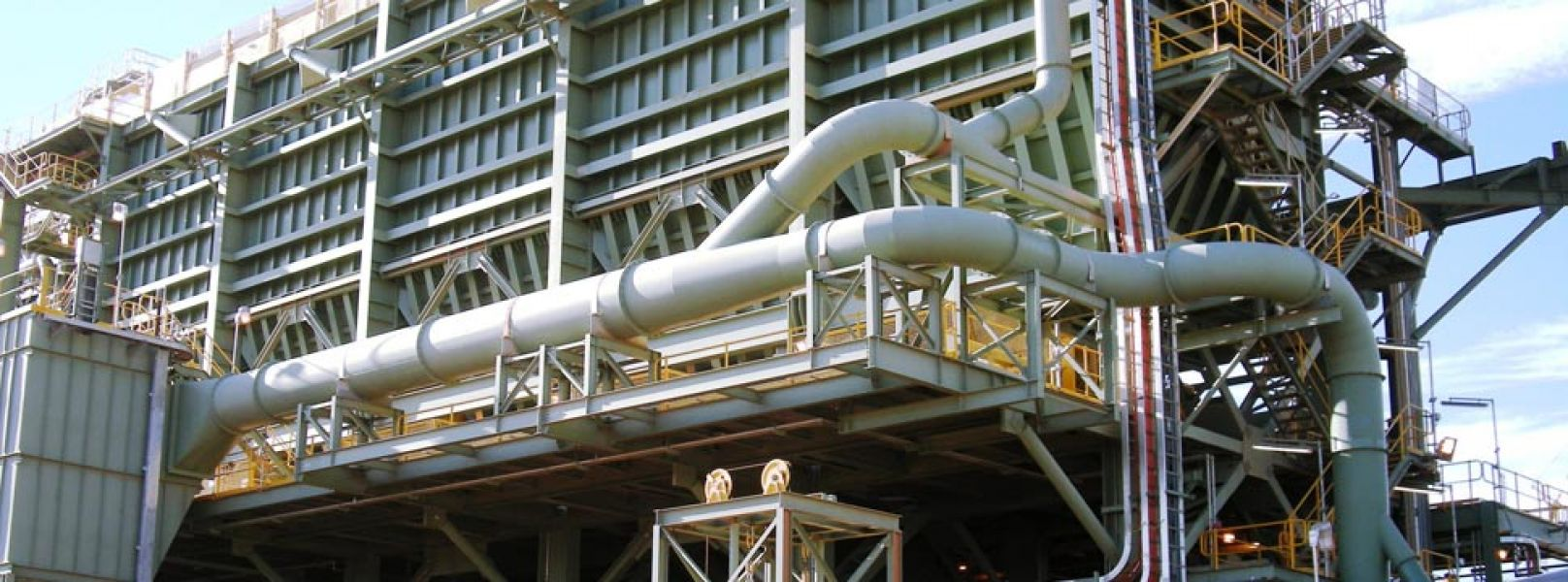Keep your Manufacturing Plant Clean with Dust Collector Equipment