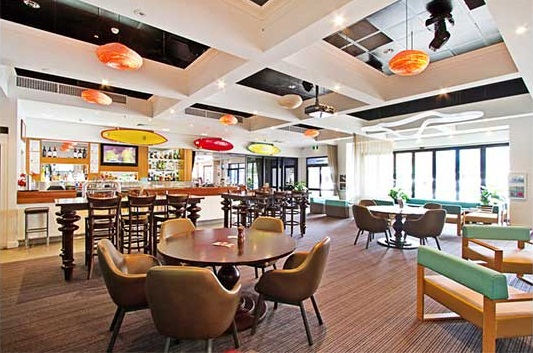 Coolangatta Sands Hotel – Exclusive Foods, Drinks, Tab & Sports in Coolangatta